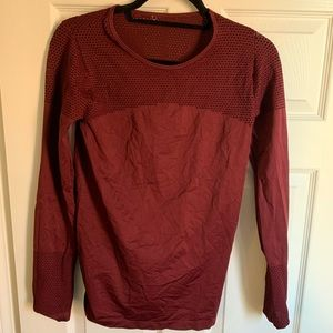 Long sleeve Fabletics workout shirt